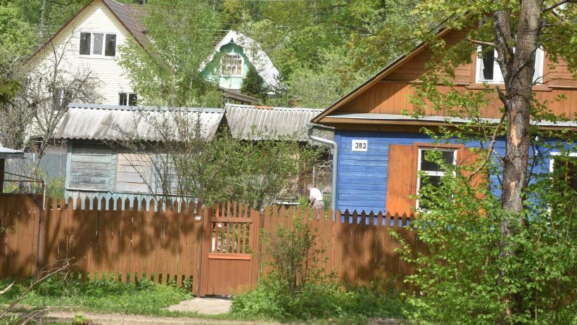 Власти Московской области призвали дачников внимательно отнестись к установке септиков