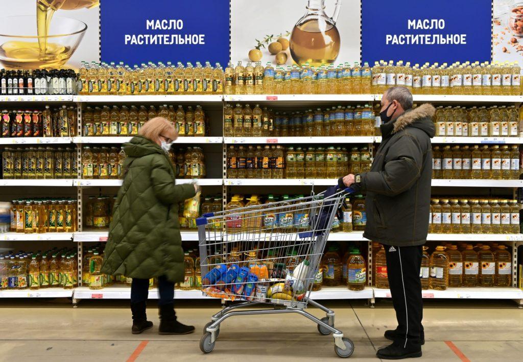 Путин назвал острым вопрос подорожания базовых продуктов