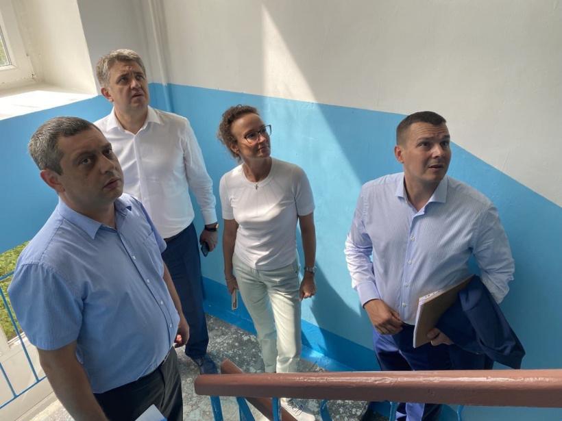 Госжилинспекция: Отремонтированы и готовы к сдаче 22% от всех запланированных на 2021 год подъездов Волоколамского округа