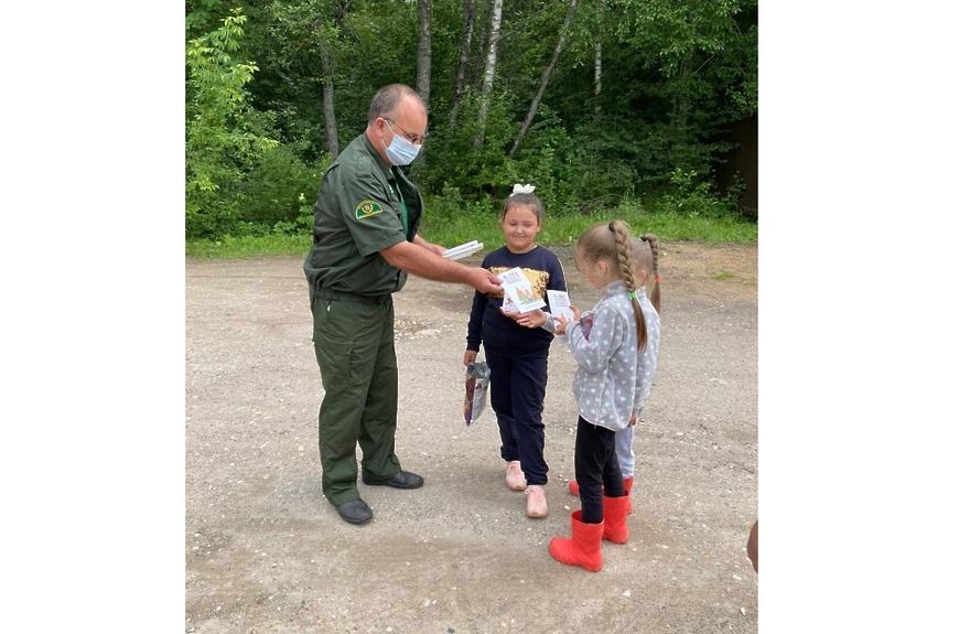 Волоколамские лесничие информируют о важности соблюдения правил пожарной безопасности в лесах