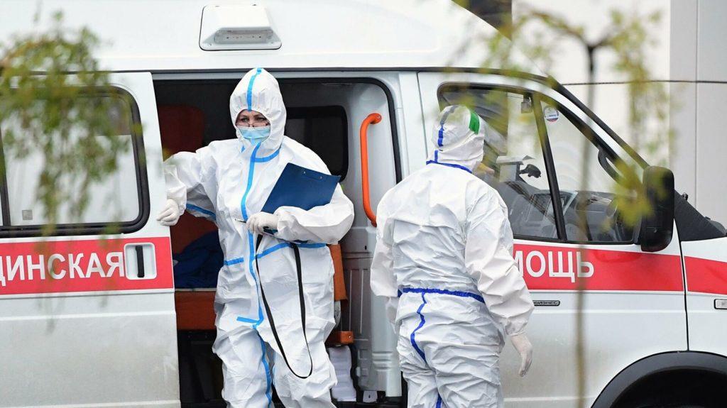 В России выявили 17 813 новых случаев заражения коронавирусом