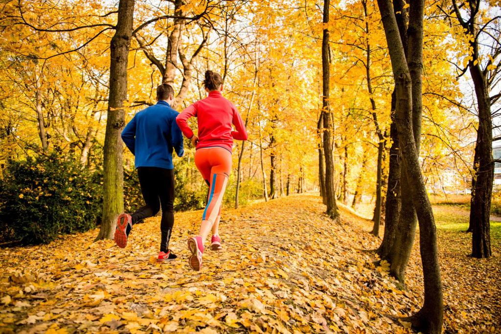 Особенности осеннего спорта на открытом воздухе