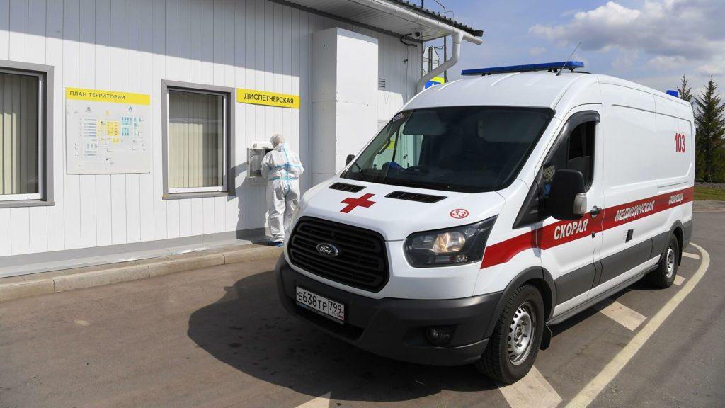 В Москве за сутки госпитализировали 663 пациента с COVID-19