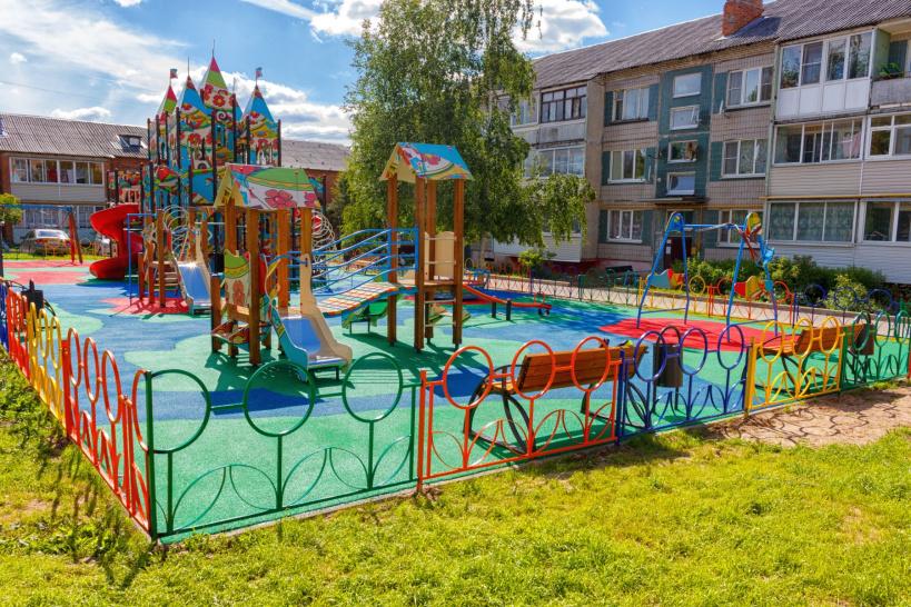 В Волоколамском округе в этом году появилось шесть губернаторских детских площадок