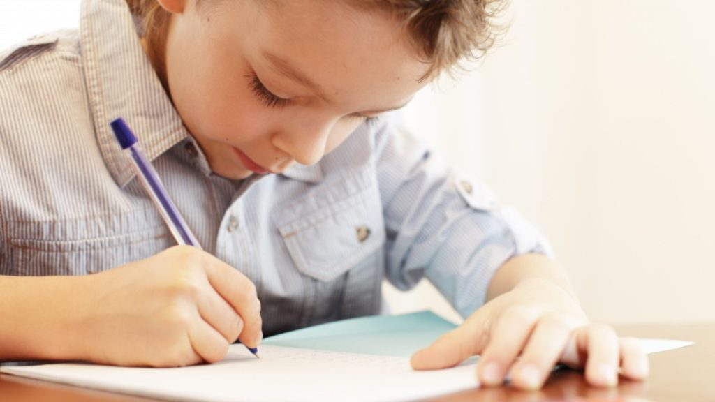 Как научить ребенка делать уроки самостоятельно