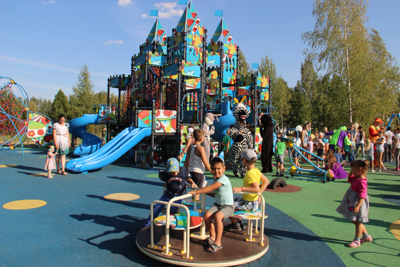 В Шаховской выбирают места установки детских площадок