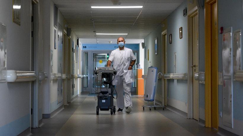 Больницы Подмосковья получат оборудование для реабилитации после инфарктов и инсультов