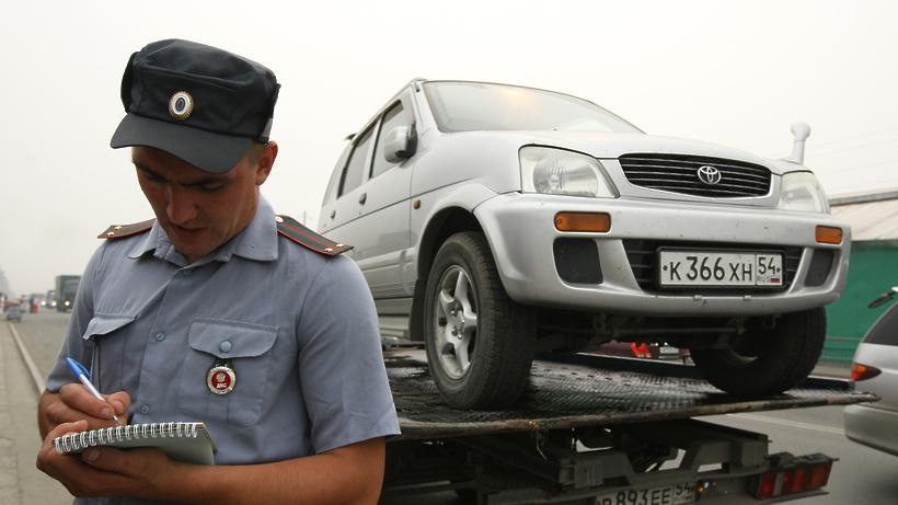 Власти Подмосковья могут получить полномочия по эвакуации неправильно припаркованных авто
