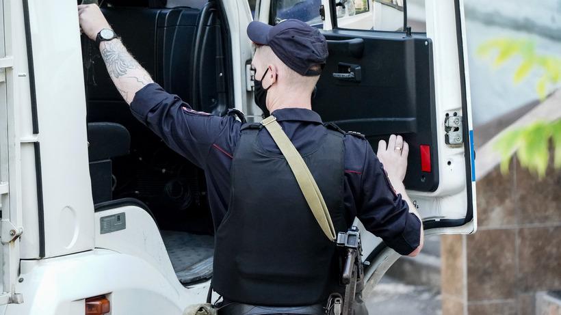 Жителя Подмосковья задержали за проникновение в охраняемый НИИ в Москве
