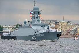 Российские моряки впервые применили дроны-разведчики с корабля на учениях