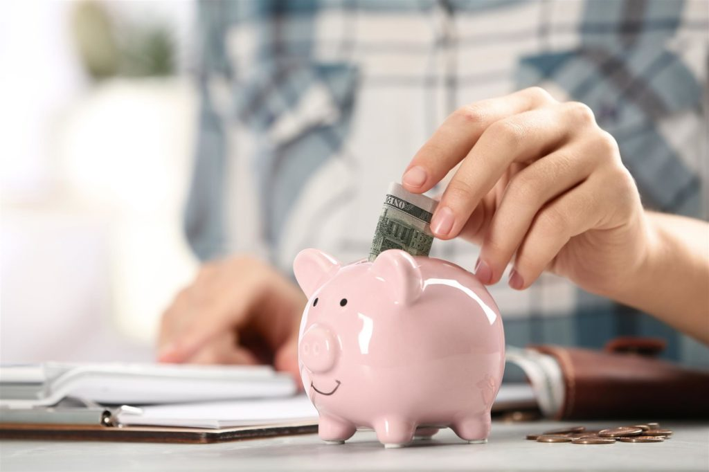 Как создать финансовую подушку безопасности и научиться копить деньги