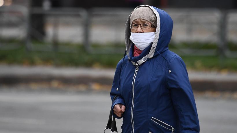 Пенсионерам Подмосковья рассказали, как защититься от коронавируса