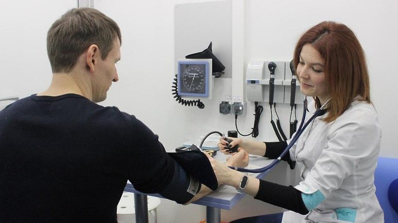 Более 140 выпускников вузов целевого набора устроились на работу в больницы Подмосковья