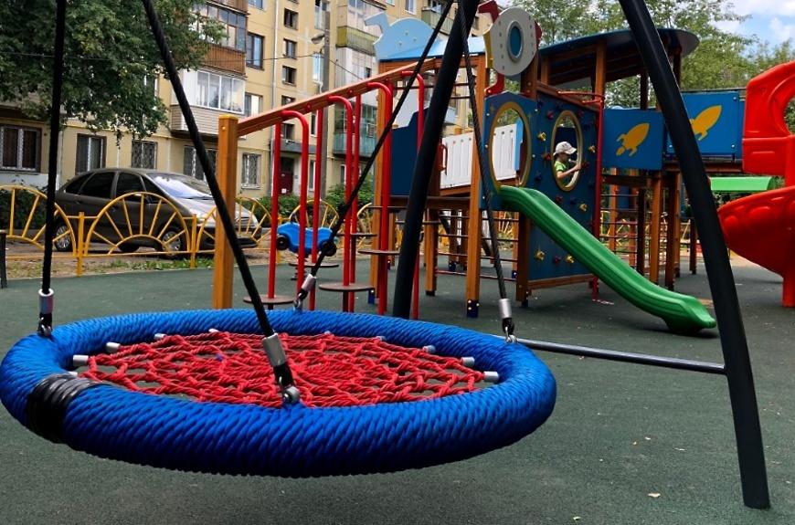 В г.о. Волоколамский в 2022 году установят 6 губернаторских детских площадок