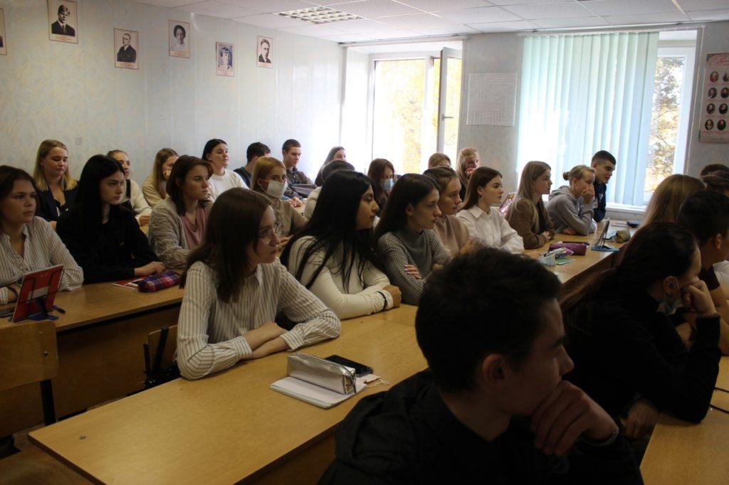 Акцию «Мы в ответе за свои поступки» провели полицейские в Волоколамске